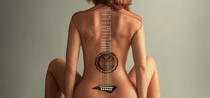 http://rock-review.ru/images/thumbnails/images/r5r/guitar-woman-kitty-bitty-fill-728x340.jpg